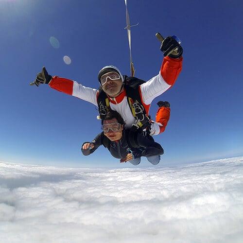 Saut en parachute 13 photos skydiving rue du docteur - Saut en parachute nevers ...
