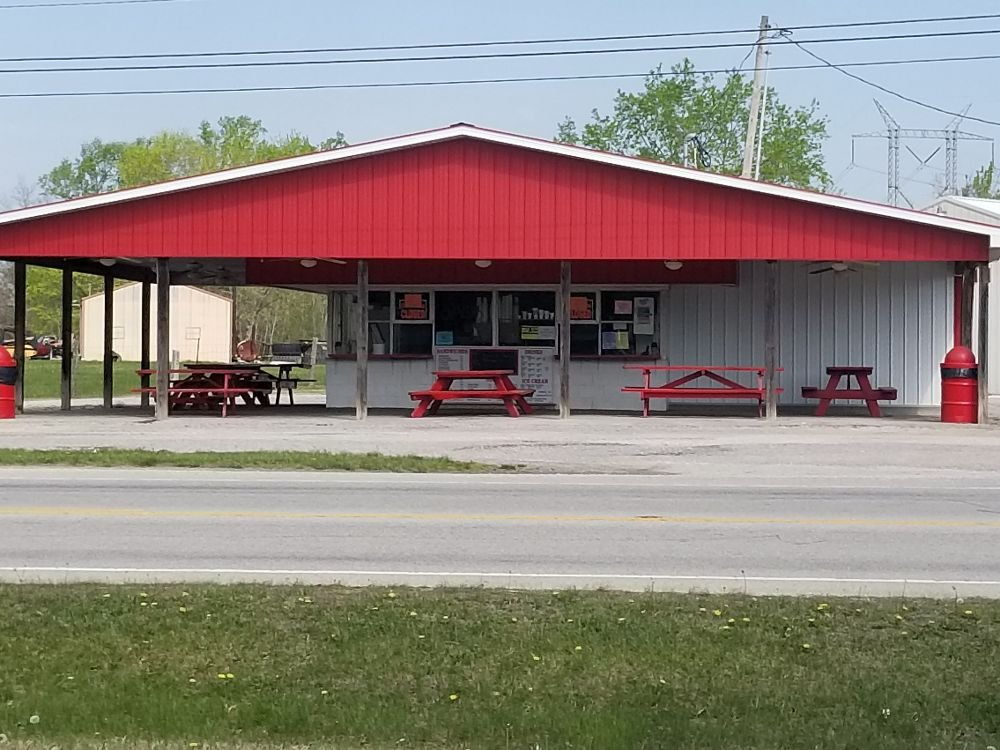 Curb-Ette Drive-In: 658 E State Road 64, English, IN