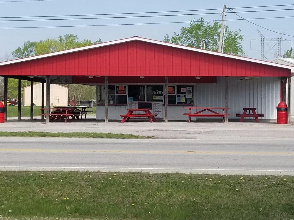 Curb-Ette Drive-In: 658 E State Road 64, English, IN