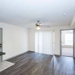 Photo Of The Grove At White Oak Apartments By Roscoe Properties Houston Tx