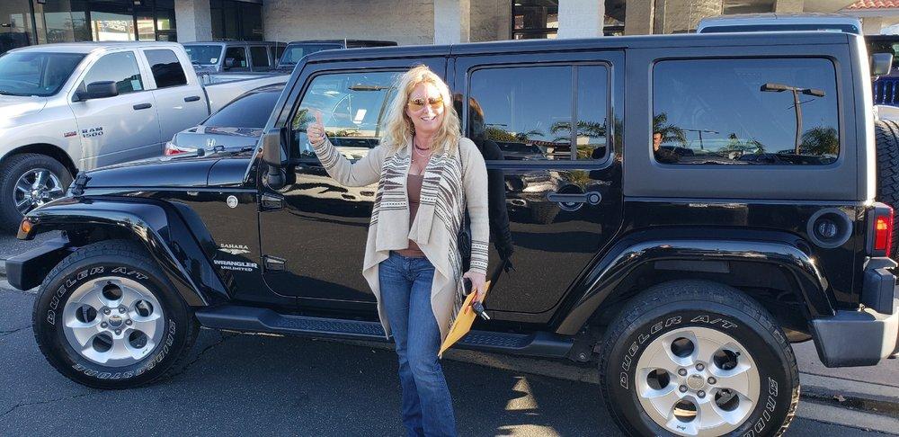 Simi Valley Dodge >> Simi Valley Chrysler Dodge Jeep Ram 55 Photos 241