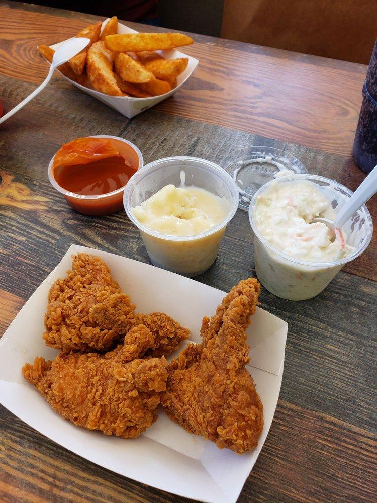 Chicken-N-Spice: 251 N Chicago St, Joliet, IL