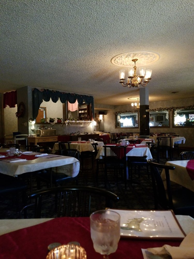 Shultzies Supper Club: 108 S Main St, Dickeyville, WI