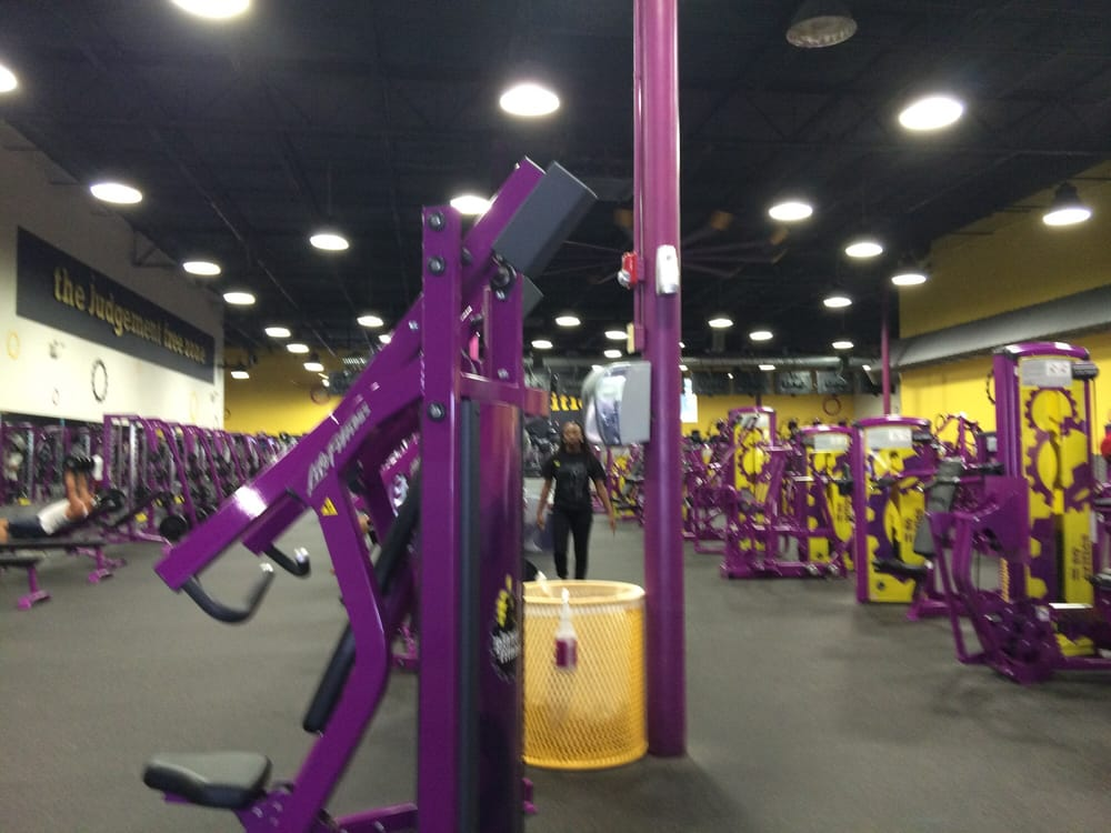 Planet Fitness - Orlando - Belle Isle: 5130 S Conway Rd, Orlando, FL