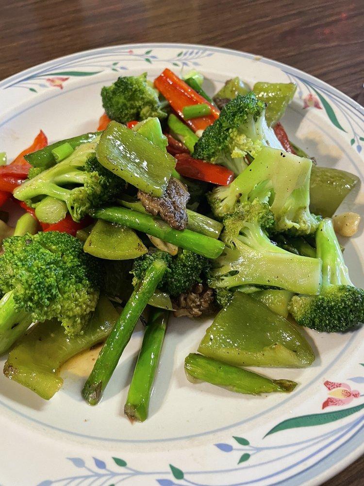 Li's Chinese Kitchen: 122 Illinois Ave, Council, ID