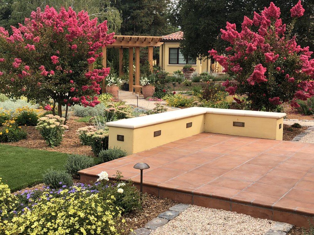 Verdance Landscape Design: 616 Ramona St, Palo Alto, CA