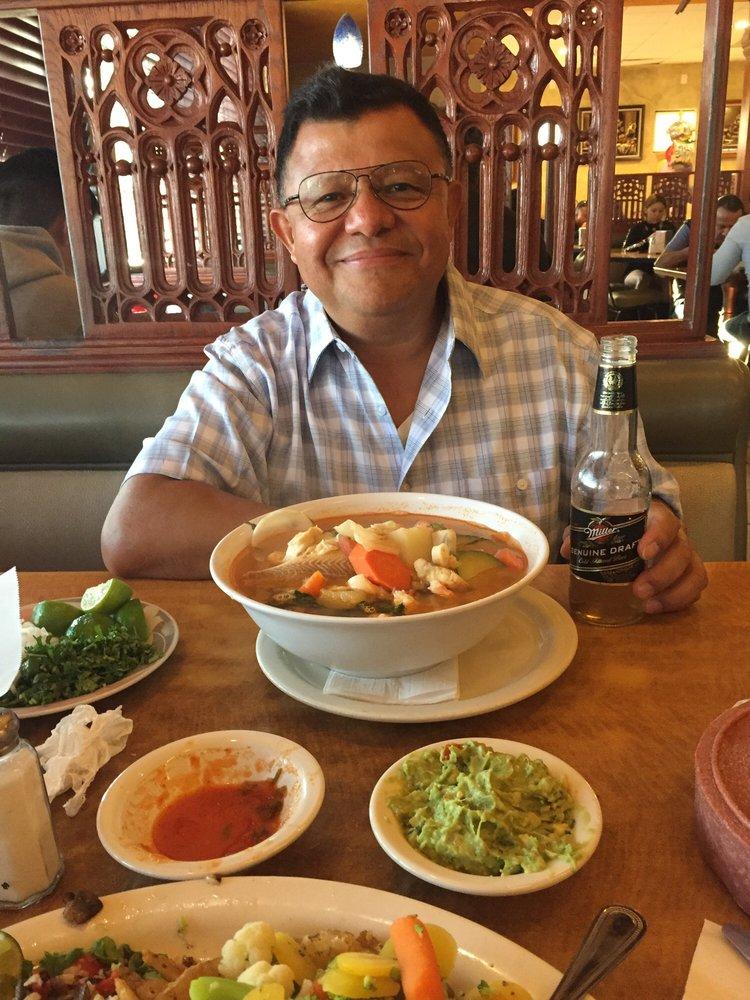 La Barca Restaurant Bell Ca