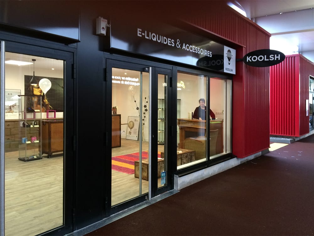 koolsh sigarette elettroniche 29 rue de gouesnou. Black Bedroom Furniture Sets. Home Design Ideas