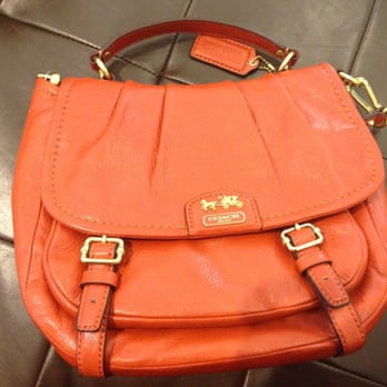 classic coach bags outlet q5ao  Photo of Coach Outlet
