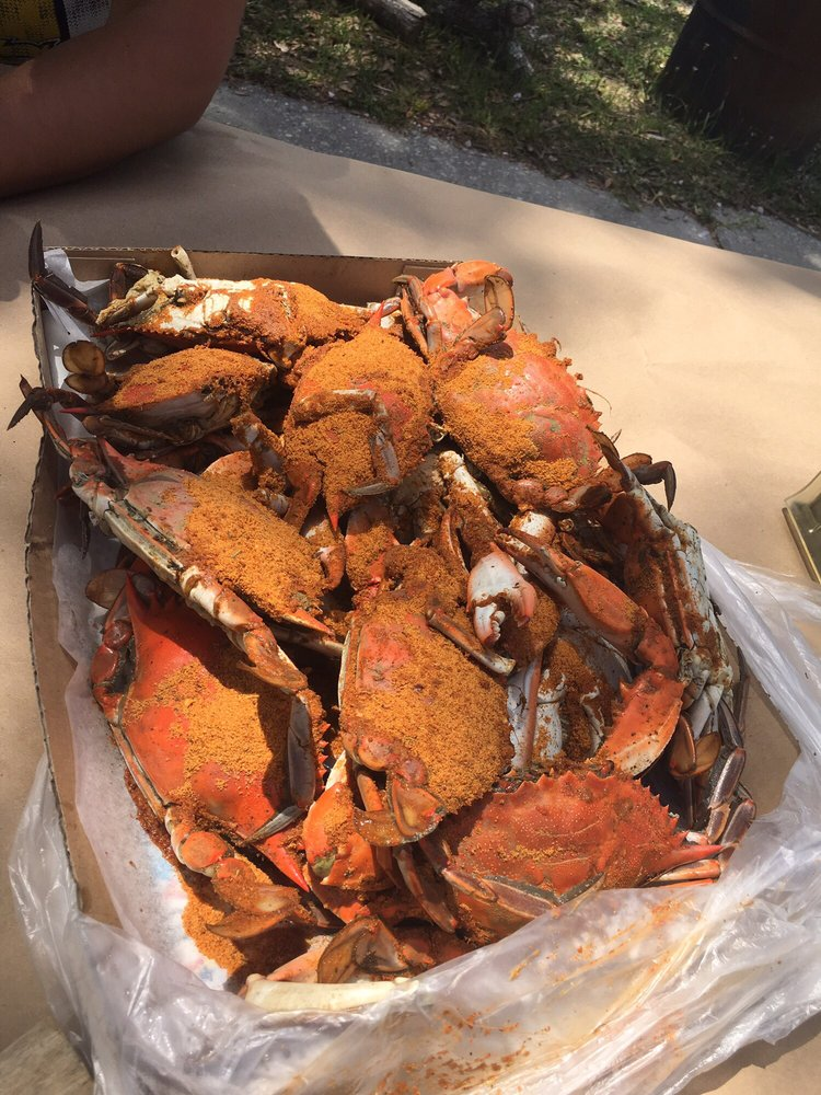 Ormond Crab & Seafood Market: 801 N US Highway 1, Ormond Beach, FL