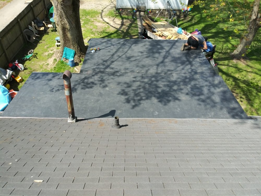 Sunrise Roofing & General Construction: Anderson, IN