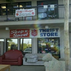 the salvation army family store donation center 15 reviews thrift stores 35 halekaui st. Black Bedroom Furniture Sets. Home Design Ideas