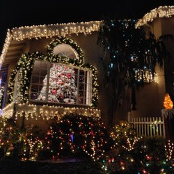 3606cf9eb3bcc Chestnut Christmas Lit Houses - 375 Photos   56 Reviews - Local ...