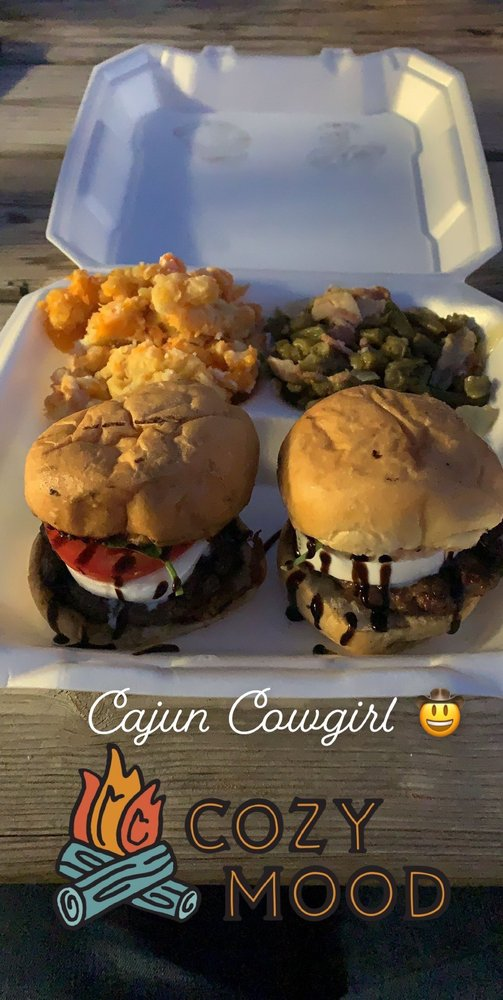 Cajun Cowgirl: 856 Pinewood Blvd, Sour Lake, TX