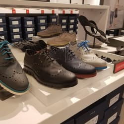 Photo of Cole Haan Outlet - Hanover, MD, United States. Men's shoes display