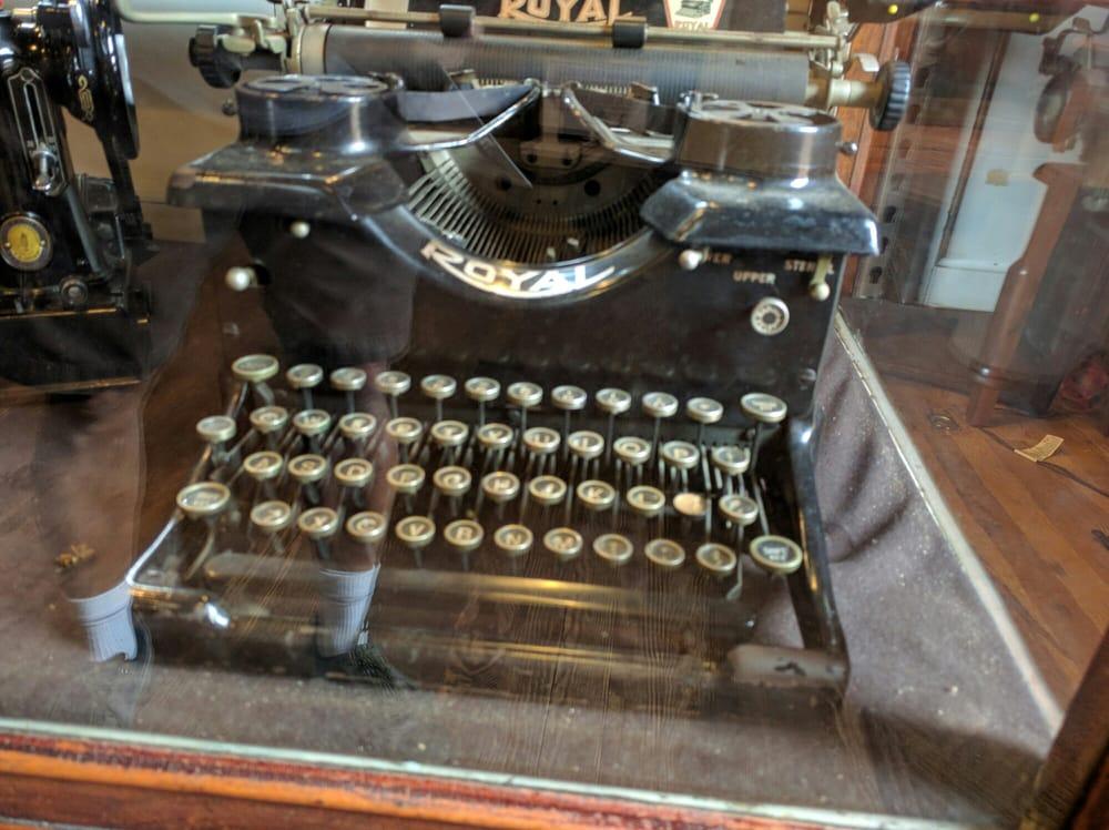 Gaithersburg Community Museum: 9 S Summit Ave, Gaithersburg, MD
