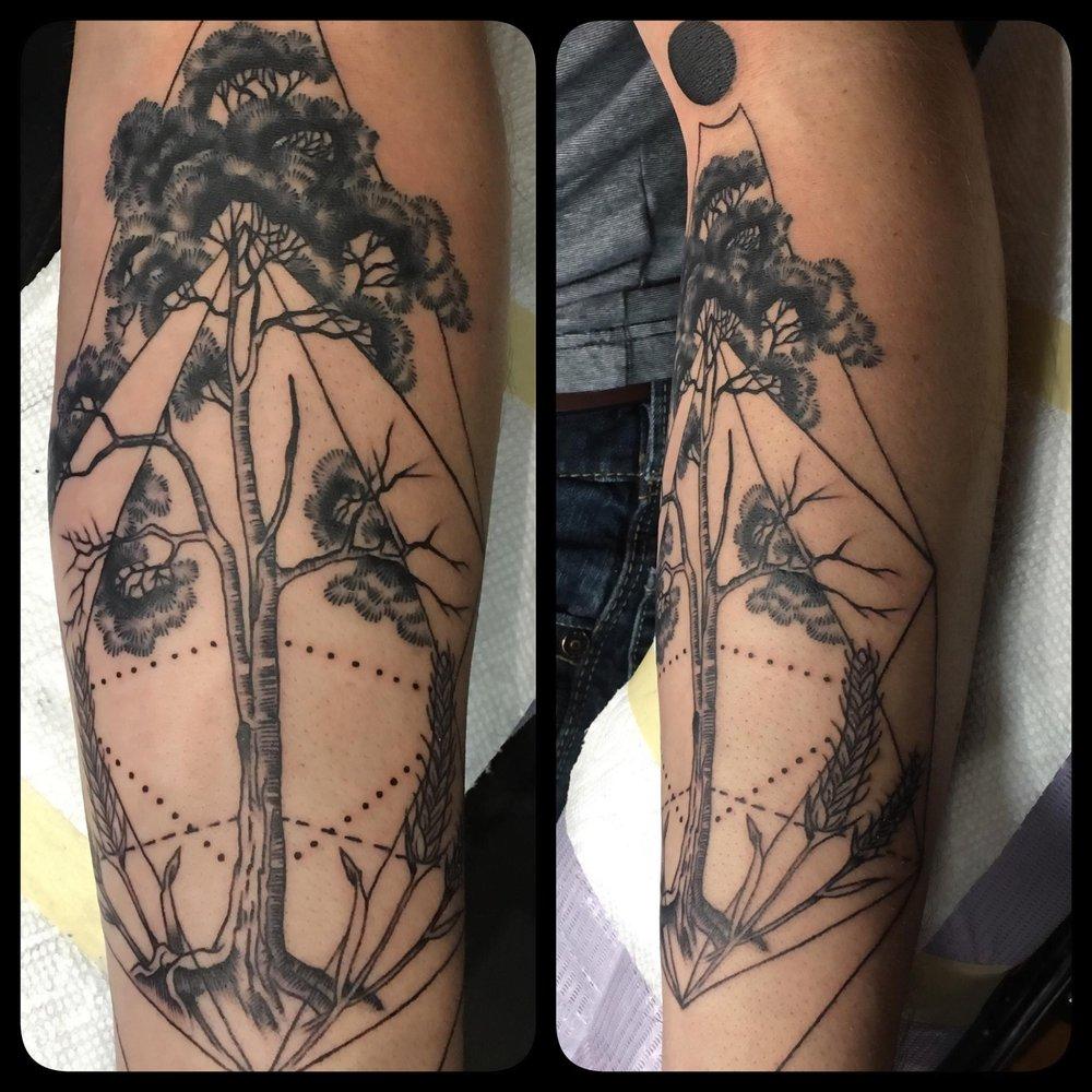 Inkspot Tattoo Studio: 9466 Navarre Pkwy, Navarre, FL