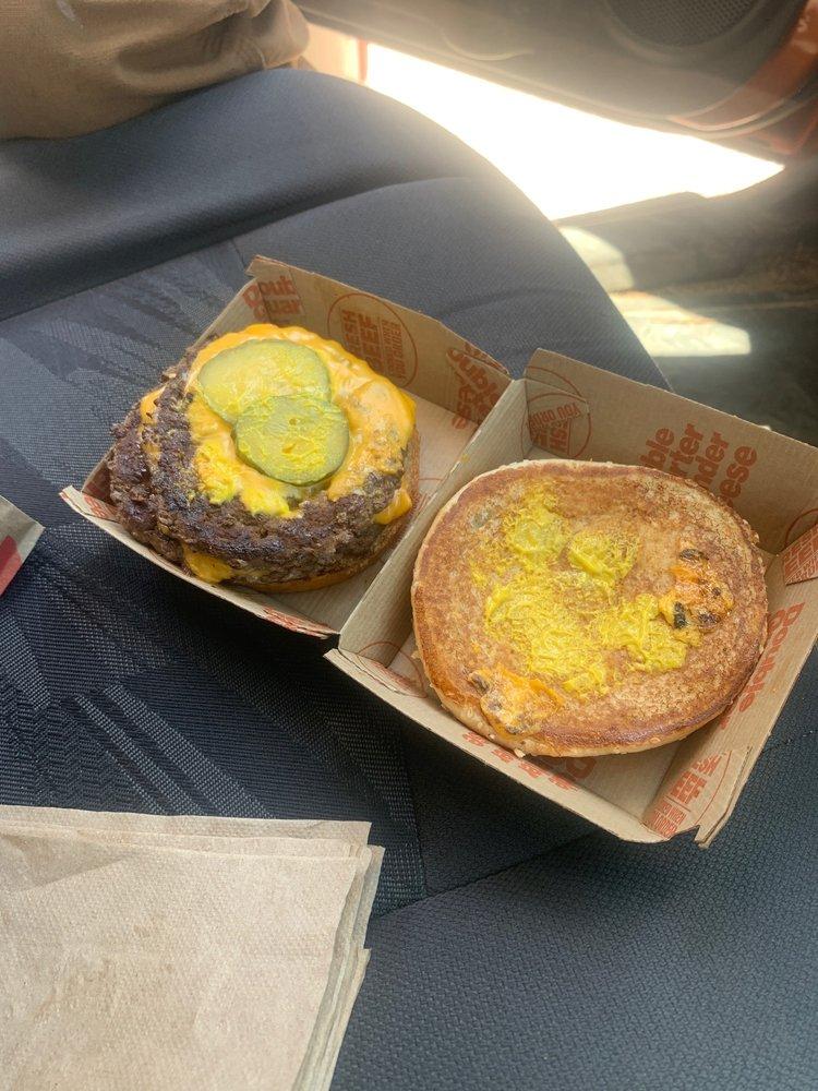McDonald's: 700 N Brindlee Mountain Pkwy, Arab, AL