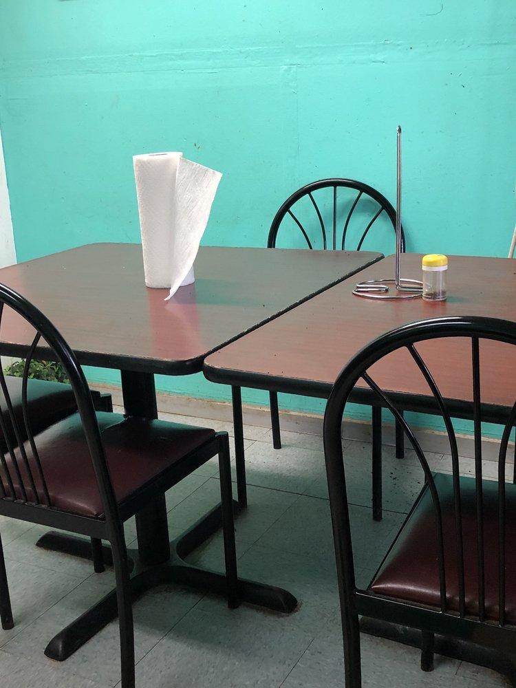 Las Fuentes Mexican Restaurant: 10560 Vance Blocton Rd, Vance, AL
