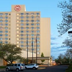 Sheraton Bucks County Hotel - 71 Photos & 91 Reviews