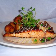Go fish restaurant seafood 27 coogan blvd mystic ct for Go fish restaurant