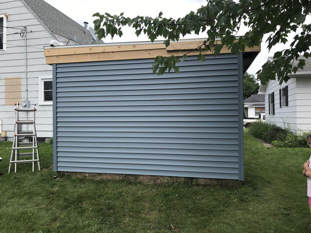 Quality Home Improvement of Le Sueur: 433 Glenview Ct, Le Sueur, MN