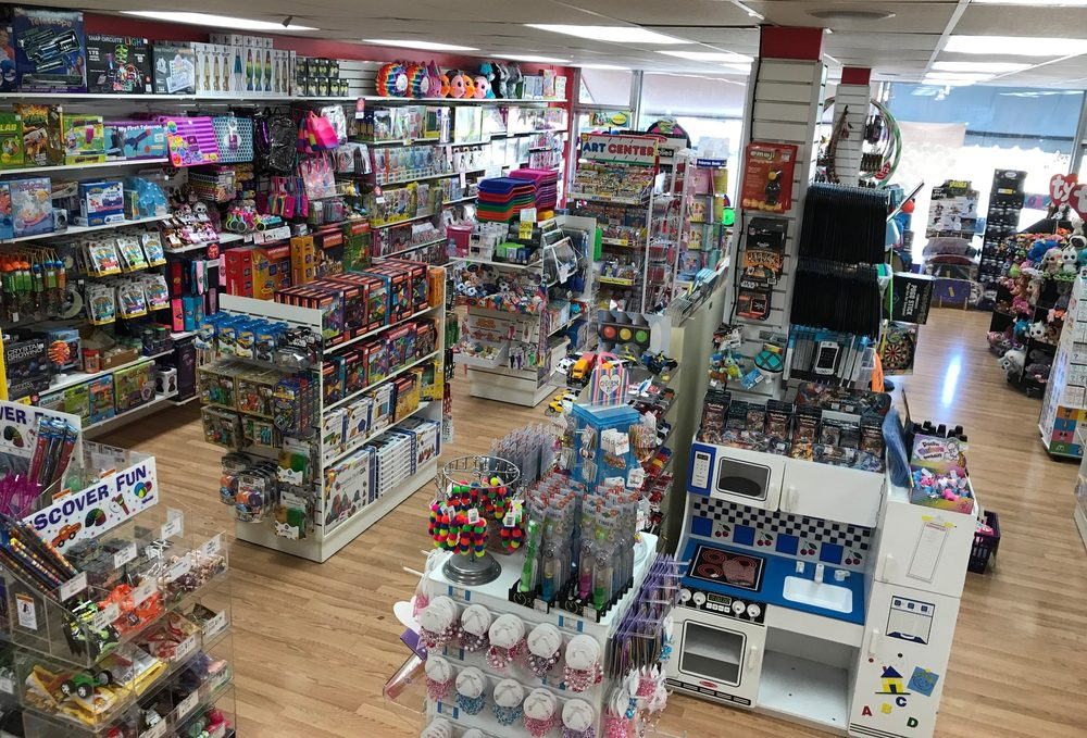 Learning Express Toys: 19  Prospect Ave, Clarendon Hills, IL
