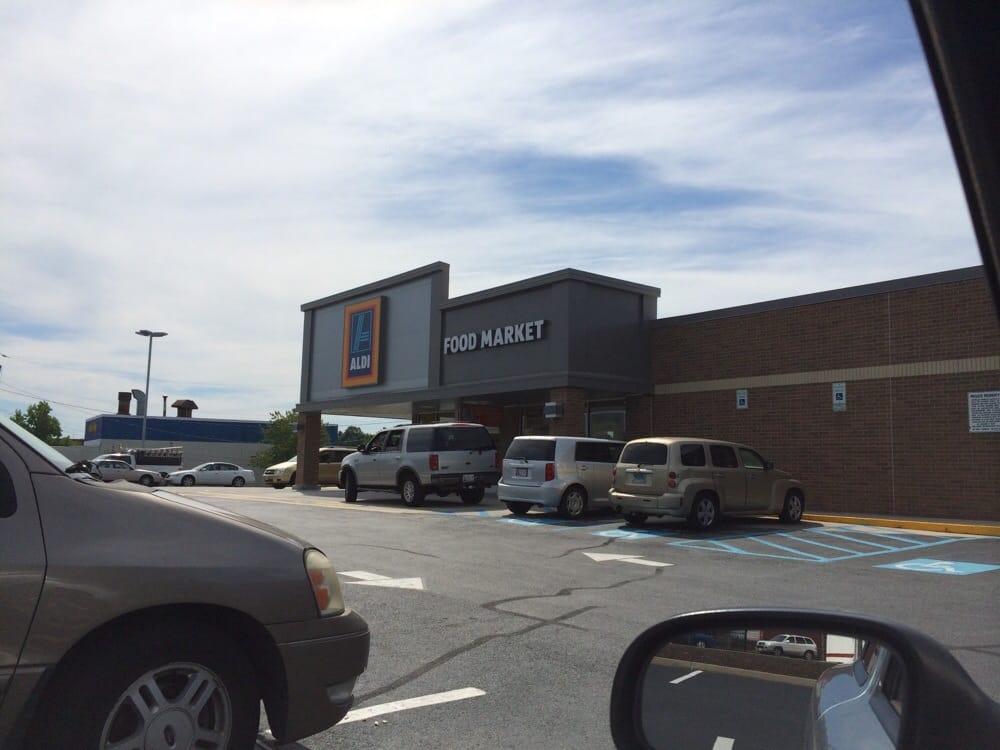 Aldi: 3250 E Fayette St, Baltimore, MD