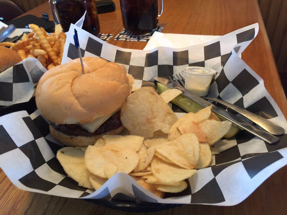 Sportsmen's Pub: 4810 8th St S, Wisconsin Rapids, WI