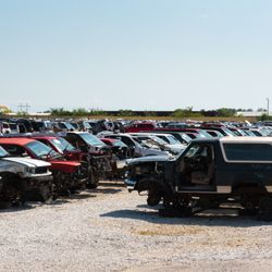 Salvage Yards Springfield Mo >> Yelp Reviews For Buddy S Auto Mall 12 Photos New Auto Parts