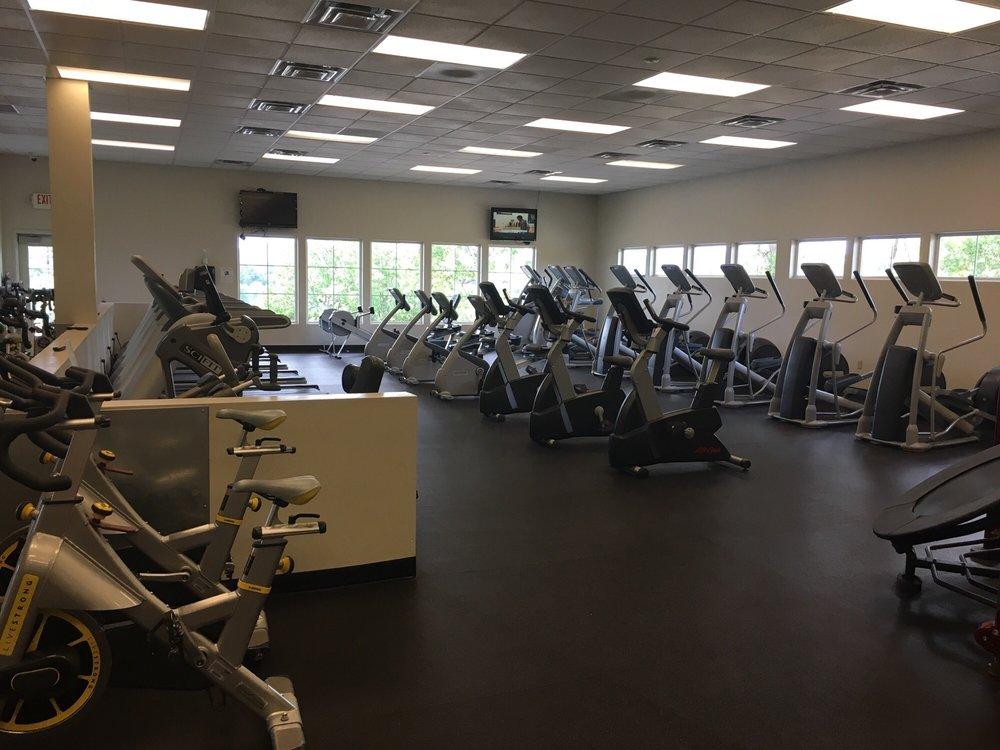 Superior Fitness: 111 Alta Vista Rd, Eagle Point, OR