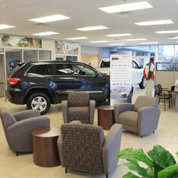 dealers reviews chrysler md car photo jeep thompson states united ls biz of in photos dodge baltimore ram