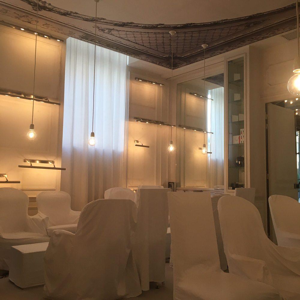 la maison champs lys es 25 8 rue jean goujon avenue montaigne faubourg st honor. Black Bedroom Furniture Sets. Home Design Ideas