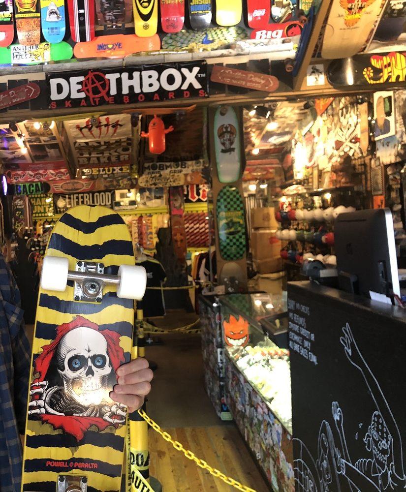 Spirit Skate Shop: 7 1st Ave E, Kalispell, MT