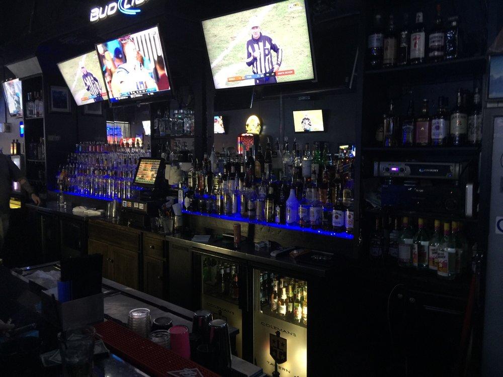 Coleman's Tavern: 5305 Fruitville Rd, Sarasota, FL