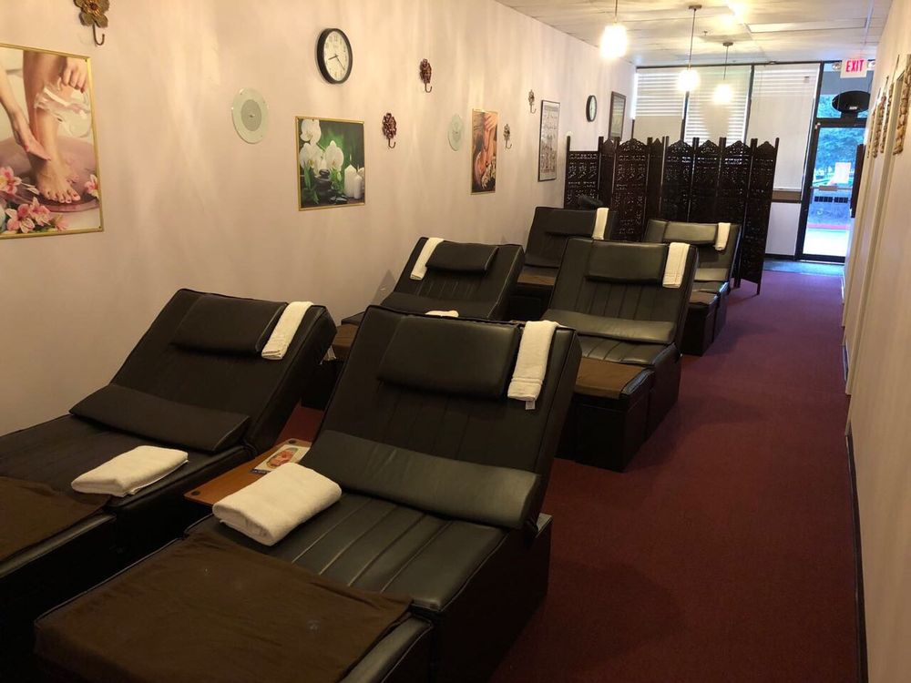 Mama Foot Massage: 2840 East-West Connector, Austell, GA