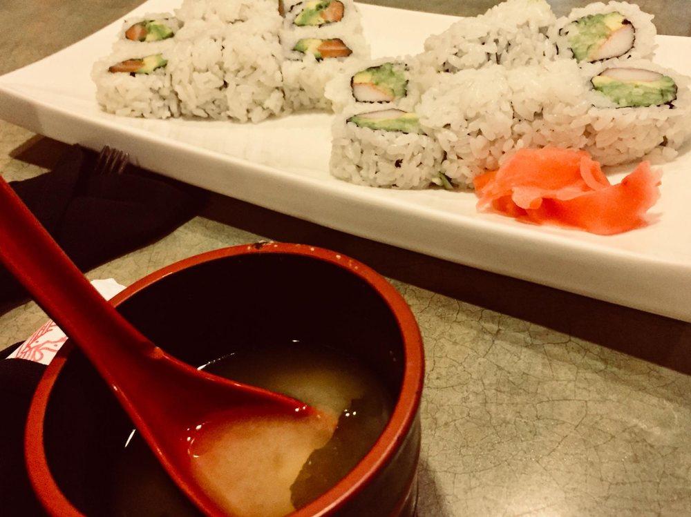 Yoshi's Sushi Japanese & Asian: 2201 SW H K Dodgen Lp, Temple, TX