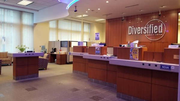 Diversified Credit Union Banks Credit Unions 800 Lasalle Ave