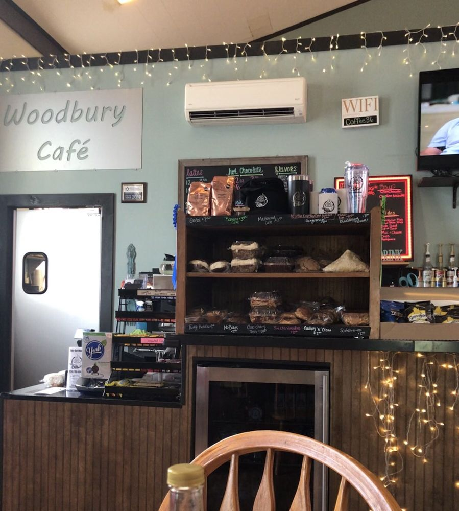 Woodbury Cafe: 134 Main St, Woodbury, PA