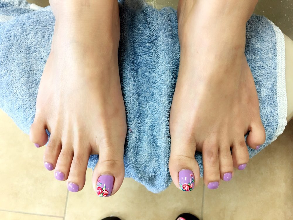 Serena Nails And Spa: 420 S Andover Rd, Andover, KS