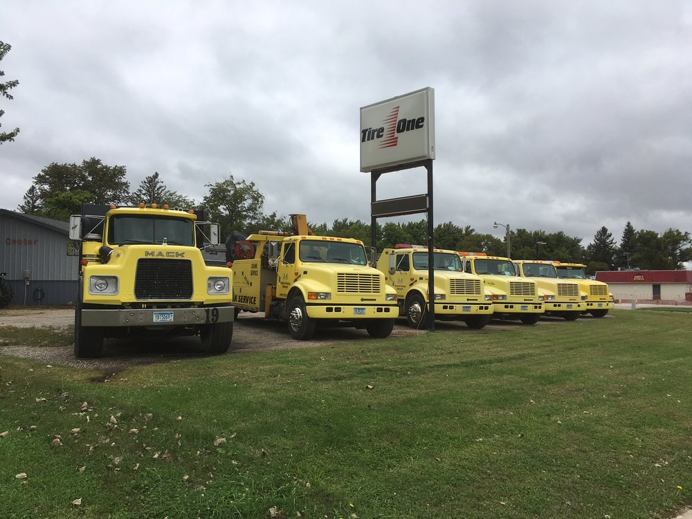 Windom Towing Company: 590 2nd Ave N, Windom, MN