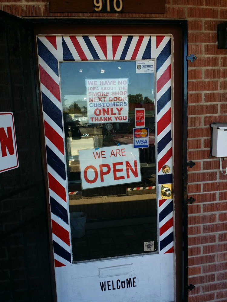 Family Top Cuts 22 Reviews Barbers 910 N Swan Rd Swan Way