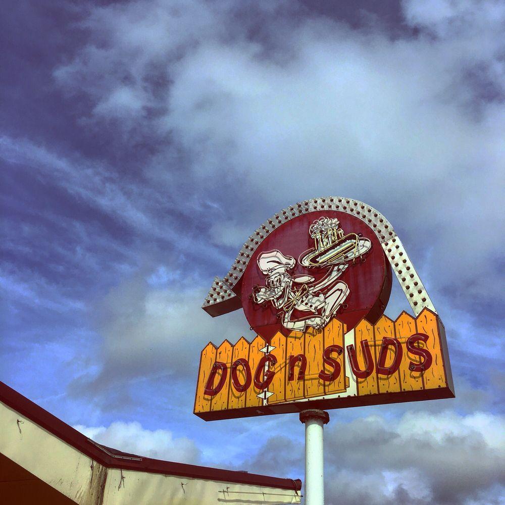 Dog N Suds: 6726 Hwy 67, Fredericktown, MO
