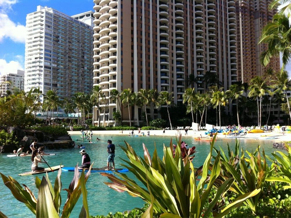 Hilton Hawaiian Village Waikiki Beach Photo Gallery: Duke Kahanamoku's Lagoon