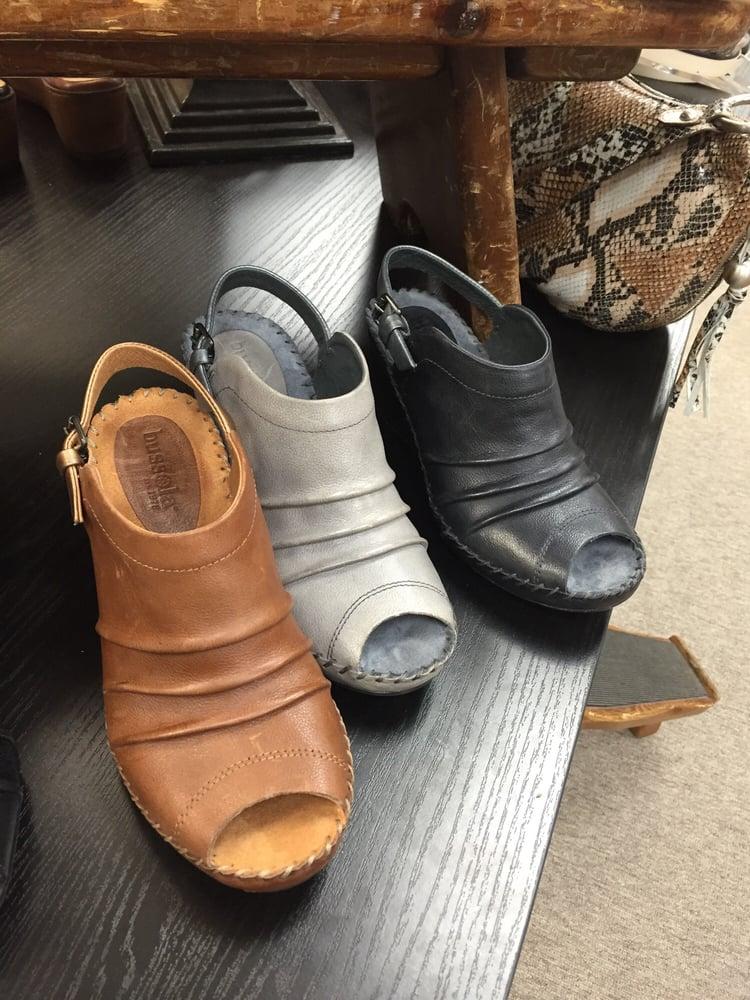 American Shoe Store Columbia Mo