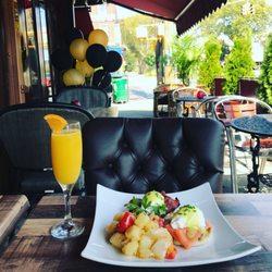 Living Room Restaurant & Lounge - 187 Mga Larawan at 136 Mga ...