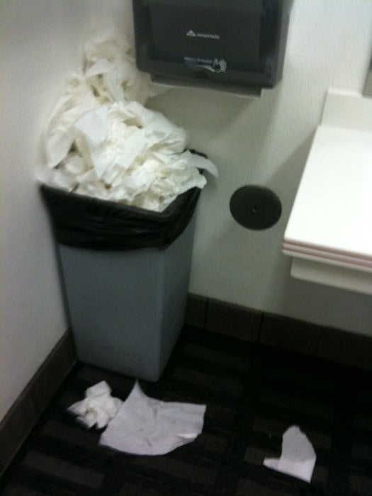 Dirty restroom - Yelp
