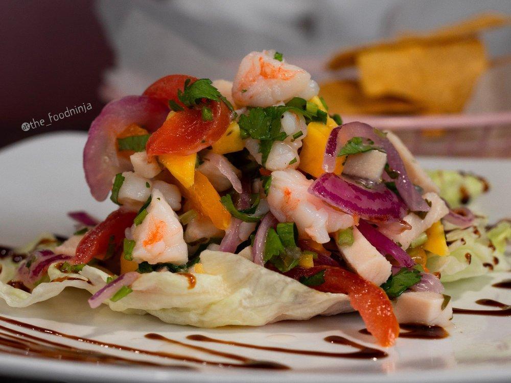 Los chamacos Mexican Restaurant: 922 S Walter Reed Dr, Arlington, VA