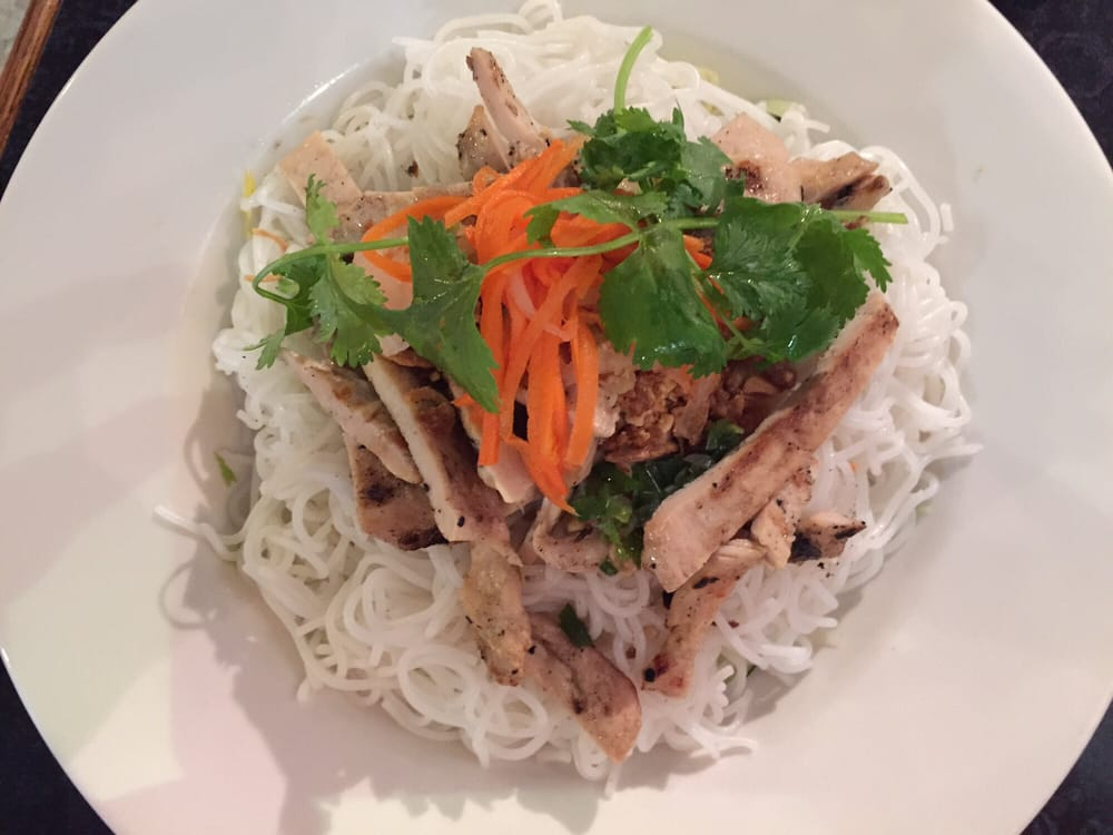 A6 on the menu rice noodle with garlic chicken yelp for Asian cuisine and pho