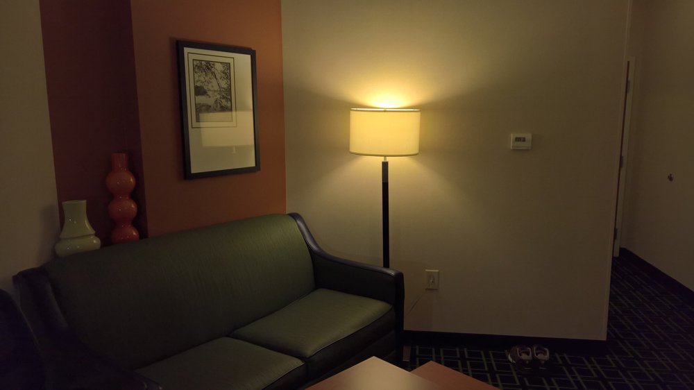 Fairfield Inn & Suites by Marriott Commerce: 137 Frontage Rd, Commerce, GA